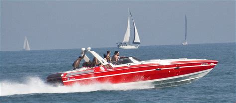 Speedboat Chicago by File Speedboat On Lake Michigan In Chicago Jpg