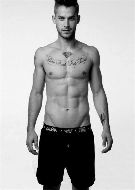 Chest Tattoo: 53 Stylish Ideas   Hommes - Malaysia's Men's
