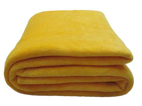 plaid 140x200 cm lilou coloris jaune moutarde vente de