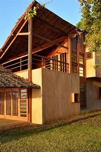 Toit En Paille : maison contemporaine exotique en bois sur une le de ~ Premium-room.com Idées de Décoration