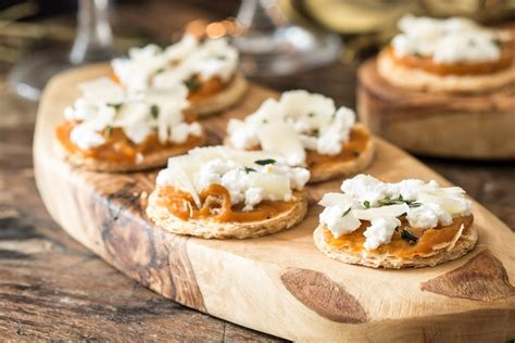 canape pumpkin mini pumpkin tart canapés recipe great chefs