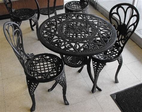 cast iron patio table chair set lot 1