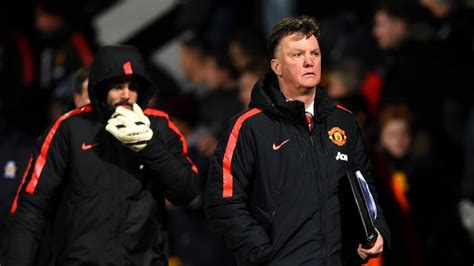 FA Cup fourth round: Manchester United boss Louis van Gaal ...