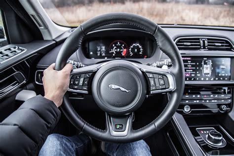 jaguar  pace  review canadian auto review