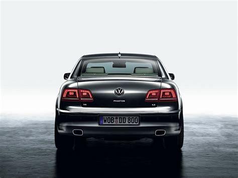 Volkswagen Phaeton Specs & Photos