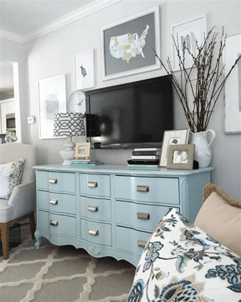 Decorating Ideas For A Bedroom Dresser by Best 25 Bedroom Dresser Decorating Ideas On