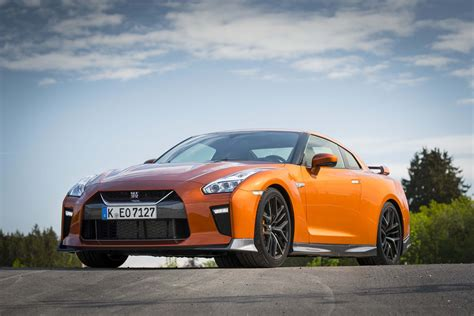 2017 Nissan Gt-r First Drive Review