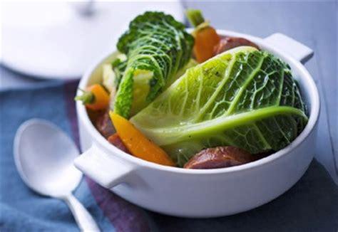 pot 233 e l 233 g 232 re au chou carottes et saucisse de morteau recette interfel les fruits et l 233 gumes