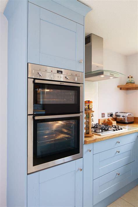 kitchen cabinet racks 30 best images about lulworth blue on shaker 2702