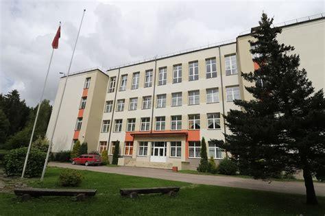 Cīnās par Vaiņodes internātpamatskolas saglabāšanu ...