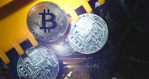 Japan made bitcoin a legal currency april 2017. Solution to privacy problem from experienced Bitcoin ...