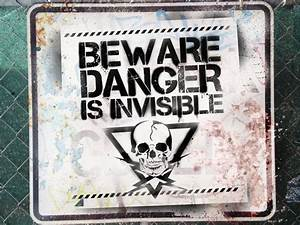 Viral Warning Signs for Alien Invasion 'The Darkest Hour ...