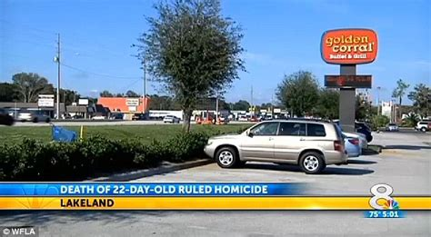 Baby 'dies in her car seat while parents were eating at a ...