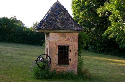 chateau de la salle beaujolais chambres d h 244 tes gite golf et vins 224 lantigni 233 rh 244 ne le
