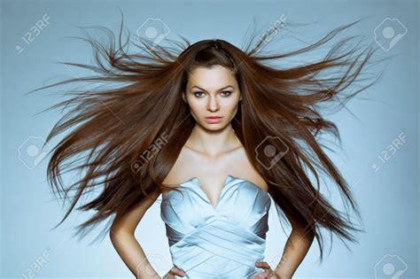 leffet du vent dans les cheveux  les vetements