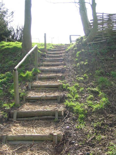 escalier en rondin de bois les projets annuels de l op 233 ration chico mend 232 s op 233 r actions l op 233 ration chico mend 232 s nord