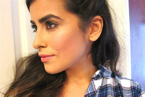 Howto Create Natural Looking Thick Eyebrows (tutorial