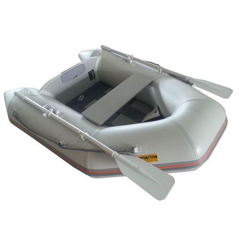 Bijboot Met Motor tender bijboot met vloerplanken en een 1 2 pk 4 takt