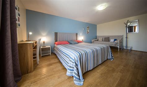 deco chambre bleue chambre ikea bleue raliss com