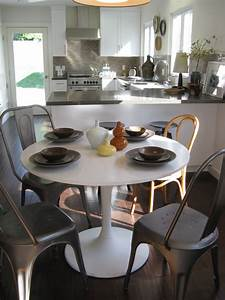 Saarinen Style Table Eclectic Dining Room Los