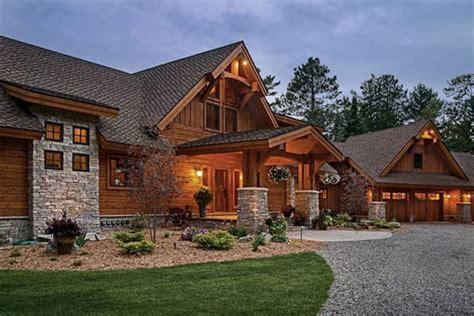 wisconsin log homes  timber frame homes  precisioncraft