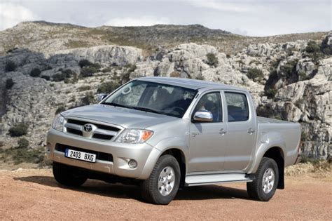 Toyota Hilux 2005 Photo Gallery #2/8