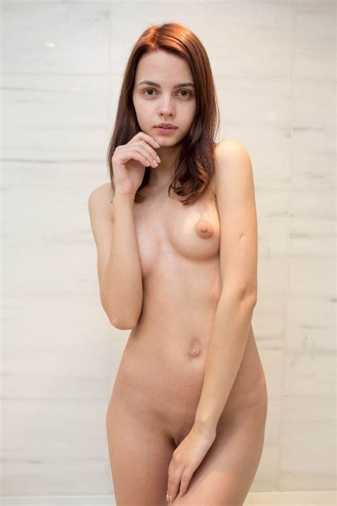 Tiny Brunette Teeny Posing Nude In The Empty Bathtub - YOUX.XXX