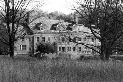 remodeling spooks sleeping ghosts home owner ghost stories