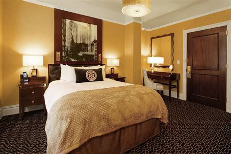 historic hotel nyc  algonquin hotel times square