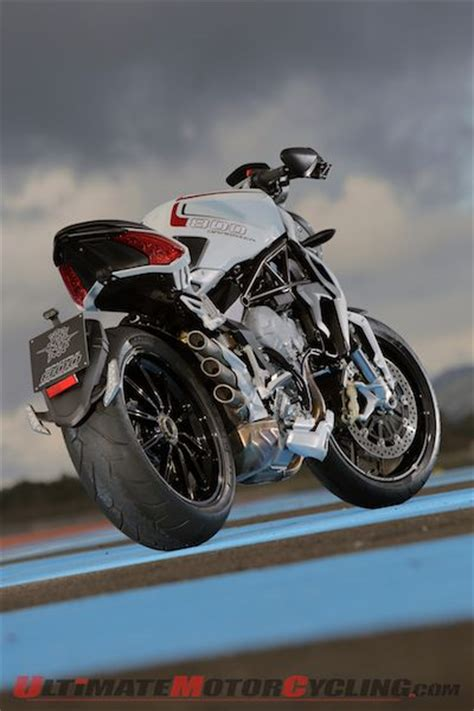 Review Mv Agusta Dragster by 2014 Mv Agusta Brutale 800 Dragster Review
