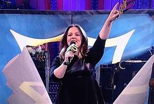 [VIDEO] Melissa McCarthy Hosts 'Saturday Night Live' Recap ...