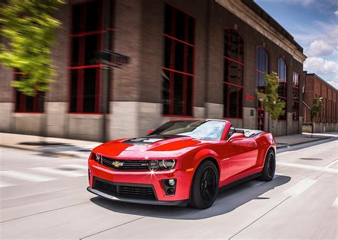 Spyshots 2018 Chevrolet Camaro Zl1 Coupe And Convertible