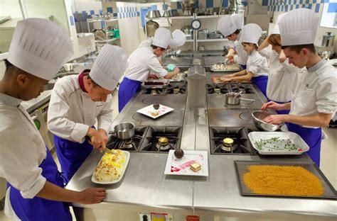 formation cuisine pole emploi ils forment et ils recrutent vin hygi 232 ne intelligence 233 co