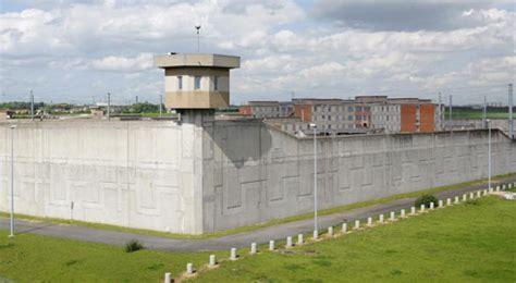 fin annonc 233 e des miradors dans les prisons fran 231 aises