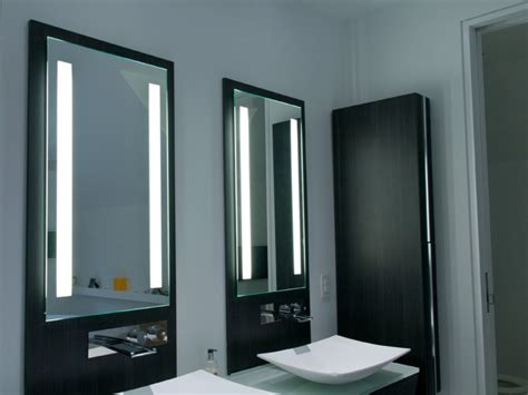 Selecting Lighted Mirror With Best Shape