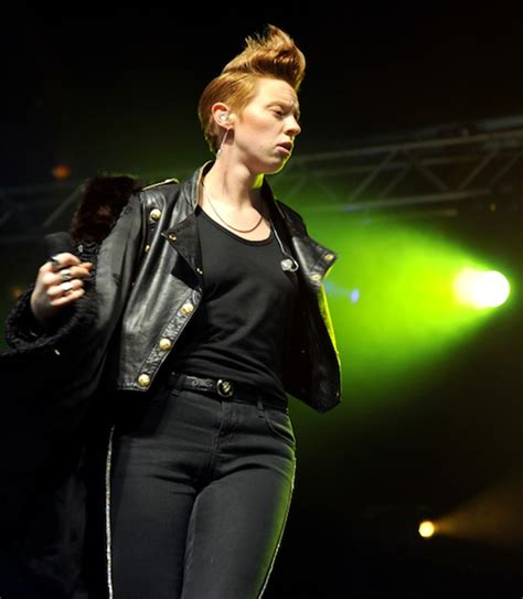 BBC Radio 1 deny that La Roux was 'too old' for playlist