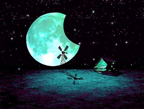 Gif Dog Lonely Creepy Sky Moon Night Stars Dark Animation