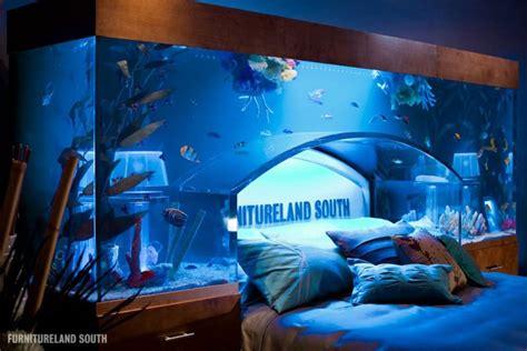 cool custom fish tank headboard   bed twistedsifter