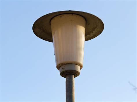 Schlechte Straßenbeleuchtung   Sternenpark Schwäbische Alb