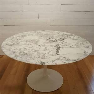 Table Ronde En Marbre : table ronde tulipe 137 knoll en marbre eero saarinen 1960 design market ~ Mglfilm.com Idées de Décoration