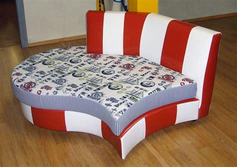 tappezzerie per divani tappezzeria restauro poltrone e divani momi tendaggi perugia