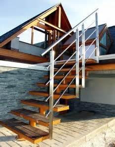 Jak postavit venkovní dřevěné schody