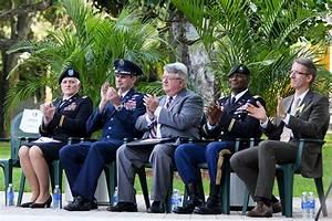 Veterans Day ceremony honors local vets – The Miami Hurricane