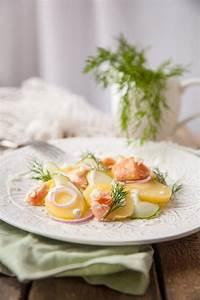 Salat Mit Geräuchertem Lachs : rezept kartoffel gurken salat mit meerettichdressing und stremellachs ~ Orissabook.com Haus und Dekorationen