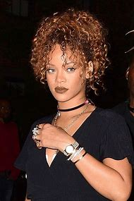 Hairstyle Rihanna Curly Hair