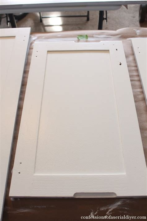 Kitchen Cabinet Paint Clear Coat Finish by How To Paint Kitchen Cabinets A Step By Step Guide