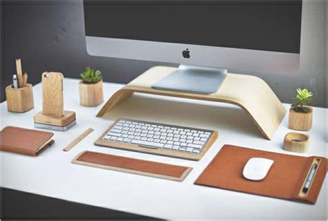 accessoires bureau design accessoires de bureau artisanaux par grovemade