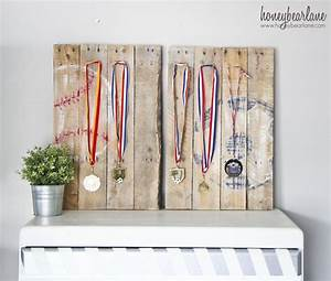 Pallet Sports Medal Display - Honeybear Lane