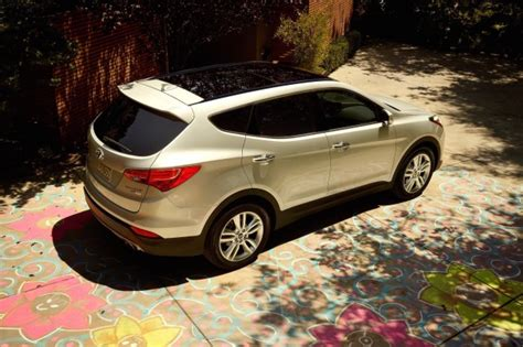 2017 ford edge vs 2017 hyundai santa fe sport compare cars