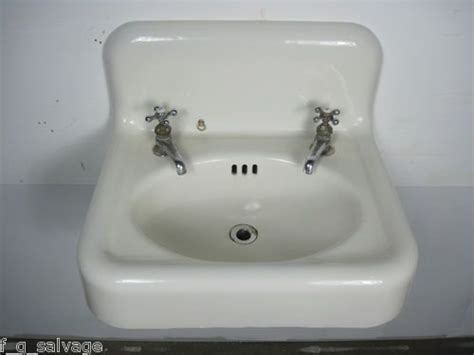 41 Best Ideas About Antique Sinks On Pinterest Kitchen Sink Colander Mobile Stainless Steel Manufacturers How To Clean Ceramic Sinks In Mat For Cabinet Best Gauge Vanities With